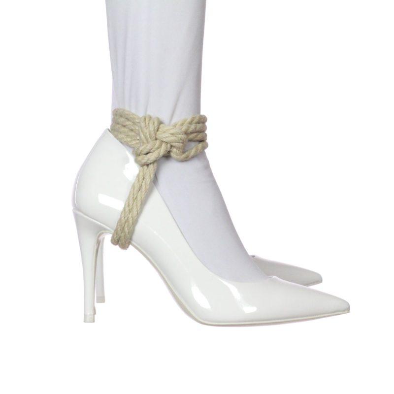 Heel Tie – Stirrup Style